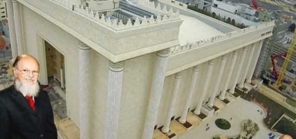 Acidente aconteceu no subsolo do Templo.