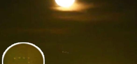 Ovnis foram gravados durante a Lua de Sangue na Holanda (U- Bique/ Youtube)