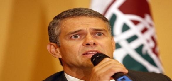 Em programa de canal fechado, Peter Siemsen defende o Fluminense (Foto: Arquivo)