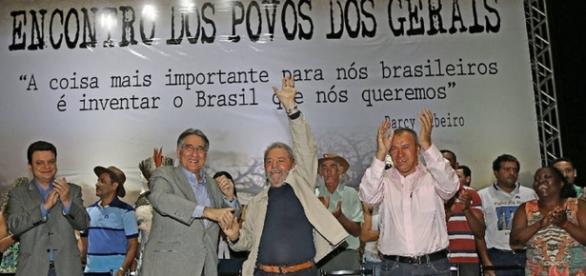 Lula participa de evento em Montes Claros, em 2015