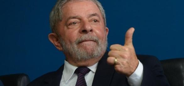 E o Lula? É o que o Twitter quer saber depois da prisão de Eduardo Cunha