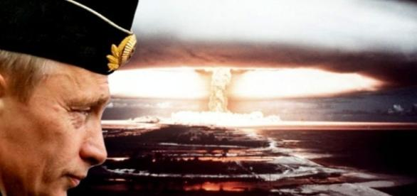 Montaje de Putin y explosion nuclear