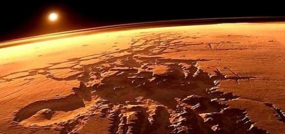 Pesquisadores afirmam que estudo revisado revelou a presença de microorganismos vivos em Marte