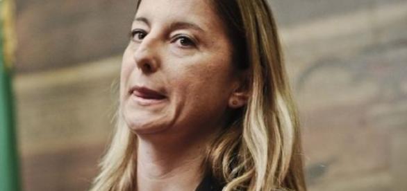 Arriva in parlamento la 'pdl Lombardi' sul taglio degli stipendi dei politici