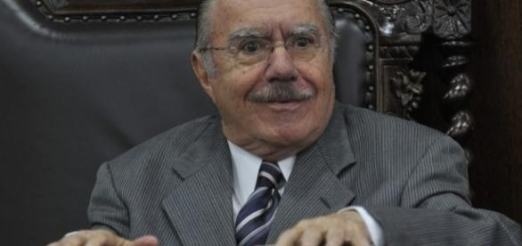 Ex-presidente da Casa, José Sarney.