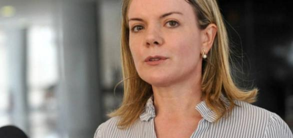 Gleisi Hoffmann admite solicitação de varredura