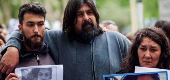 No sábado, 15 de outubro, a família de Lucía compareceu a marcha por justiça em Mar del Plata.