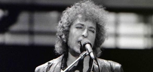 Source: Wikimedia user Chris Hakkens. Bob Dylan Nobel Prize for Literature winner