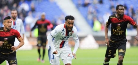 Football Ligue 1 - Guingamp enfonce l'OL dans la crise ! - OL ... - foot01.com