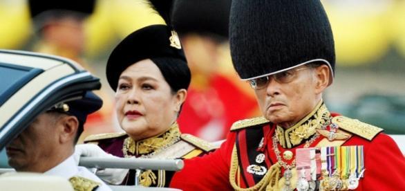 Thailandia, terrorismo di casa nel regno burletta - Remocontro - remocontro.it