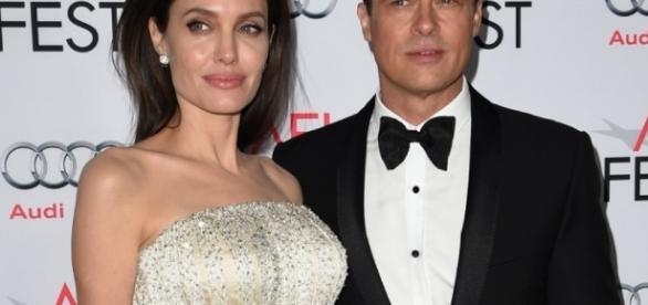 Angelina Jolie et Brad Pitt enterrent la hache de guerre
