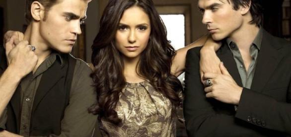 "Auch Kat Graham (ganz rechts) ... | ""Vampire Diaries""-Sensation ... - ok-magazin.de"