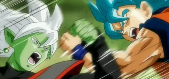 Goku pelea contra la fusión de Zamasu.
