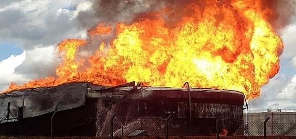A usina de etanol Raízen, localizada ma GO-050, pegou fogo em Jataí, sudoeste de Goiás