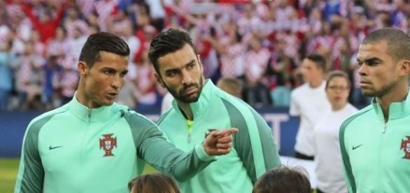 Cristiano Ronaldo, Rui Patrício e Pepe, o trio português nomeado para o prémio