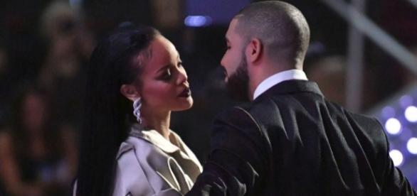 Drake partiu o coração de Rihanna