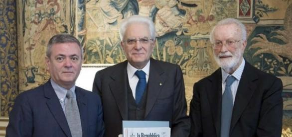 Il presidente Sergio Mattarella insieme al fondatore di Repubblica Eugenio Scalfari