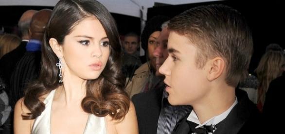 Selena Gomez não esconde os sentimentos que ainda tem por Justin Bieber