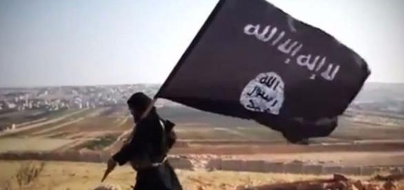 Un djihadiste français détenu en Turquie veut rentrer en France ... - fdesouche.com