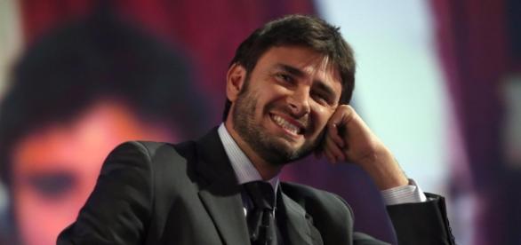 Alessandro Di Battista interviene sul premier Matteo Renzi