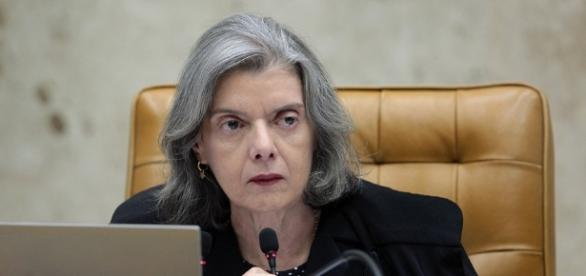 Cármen Lúcia é presidente do Supremo Tribunal Federal