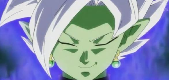 El villano de cabello blanco que nos había hablando akira toriyama