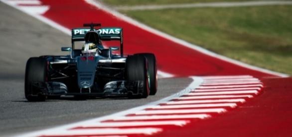 Hamilton Wins USGP, Haas F1 Scores Points At Home - roadandtrack.com