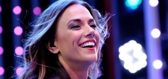 "Wikimedia Justin Higuchi: ""Dancing With The Stars"" Jana Kramer speaks for domestic violence"