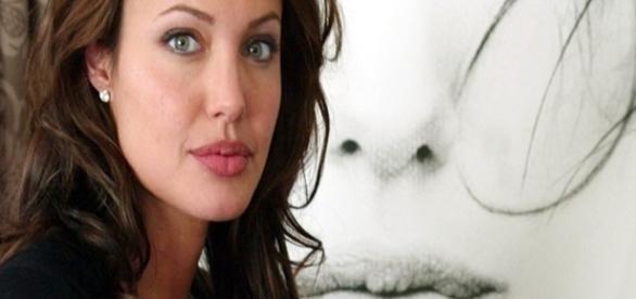 Angelina Jolie está na mira da investigação contra abusos às crianças