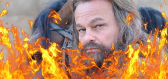 """O vilão Acã será queimado e apedrejado em """"A Terra Prometida"""""""