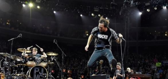 Pearl Jam é um dos favoritos para integrar o Hall da Fama do Rock and Roll em 2017 | Rolling Stone - rollingstone.com