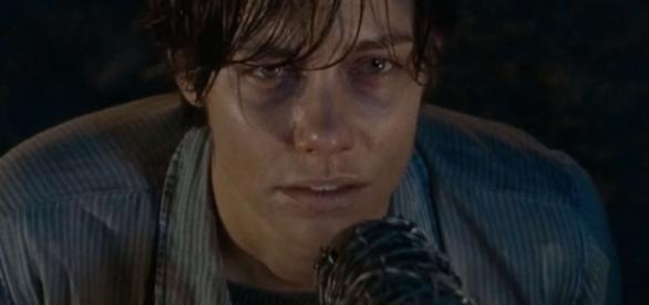 Em final alternativo, Maggie é assassinada por Negan
