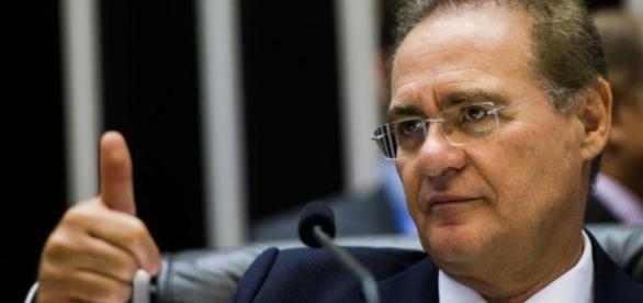 Renan leu texto da PEC em plenário