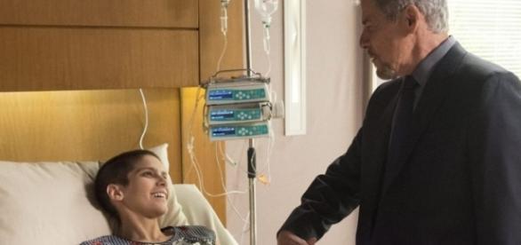 Tião manda Letícia para o hospital