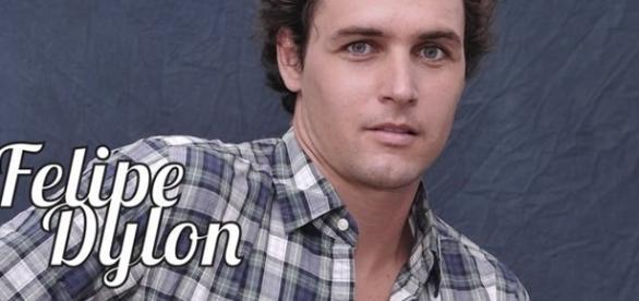 Veja como está o cantor Felipe Dylon