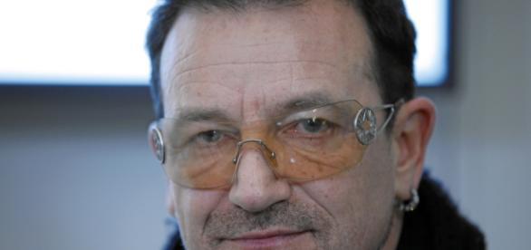 Bono Vox é eleito o homem do ano pela revista Glamour