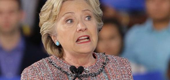 Hillary Clinton vai ser novamente investigada pelo FBI, por crimes de conspiração e corrupção