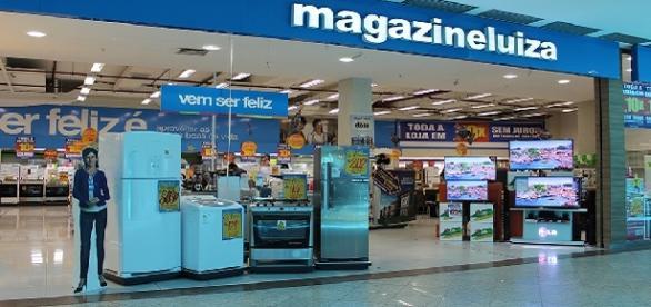Magazine Luiza está contratando vendedores em várias cidades do Brasil. Não é preciso ter experiência