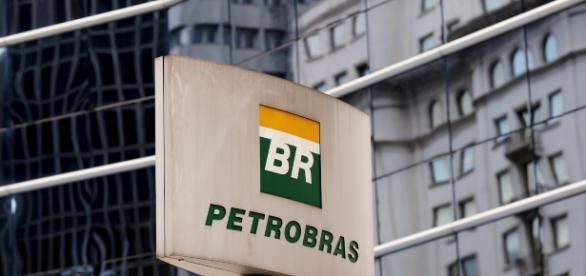 Petrobrás firma empréstimo bilionário com o banco Santander