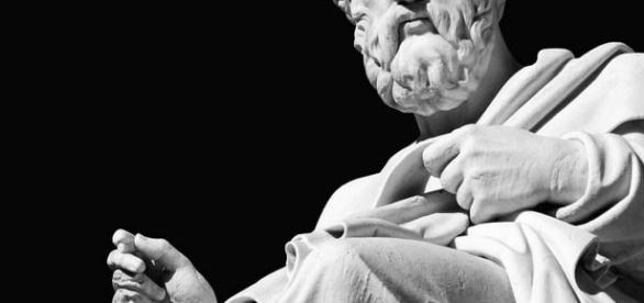 Plato the Greek philosopher [Image credit ...- http://www.lightwear.co.uk/platos-theory-of-the-forms/]