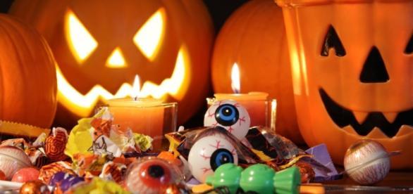 todayifoundout.com Halloween fait ses gros yeux aux bizarres adultes