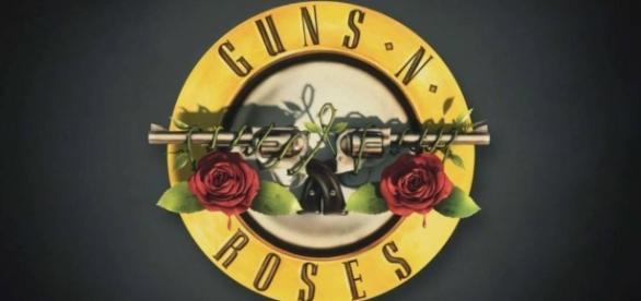 Guns N' Roses dei onício à turnê na América do Sul em Lima, no Peru.