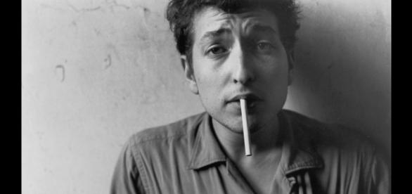 Monsieur Bob Dylan reste forever young, coûte que coûte.