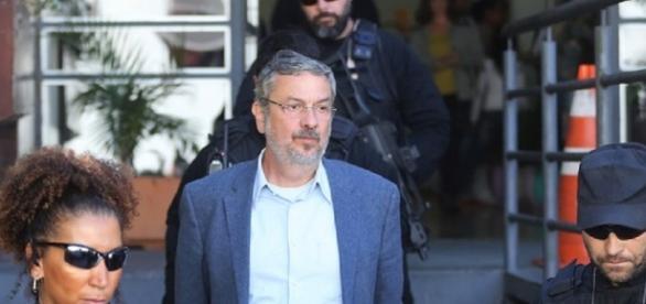 Palocci já estava preso desde o dia 26 de setembro.