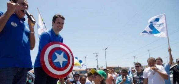'Capitão América' vai para o segundo turno, em Fortaleza