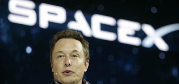 Imagem de Elon Musk, empresário norte-americano que pretende enviar uma missão até Marte