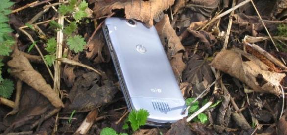Por qué los móviles robados o perdidos aparecen en esta casa de ... - elpais.com
