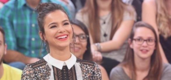 Bruna Marquezine esteve no 'Altas Horas' e agitou as redes sociais