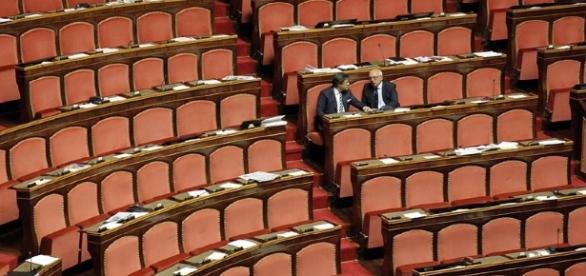 C'è davvero qualcuno che lavora in Parlamento?
