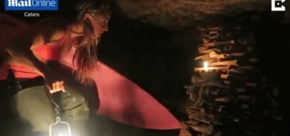 En immersion dans les catacombes, Alison Teal n'a ni froid aux yeux, ni ailleurs